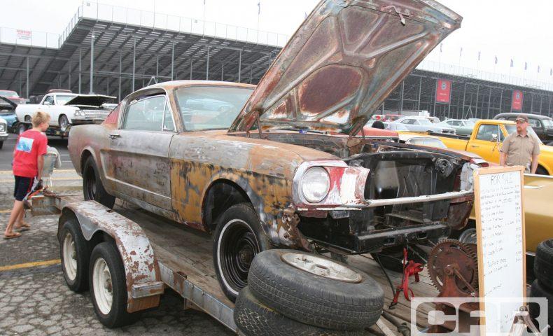 ccrp_1004_08_ whats_your_problem junk_car